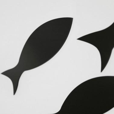 Silhouette Taucher mit Fischschwarm